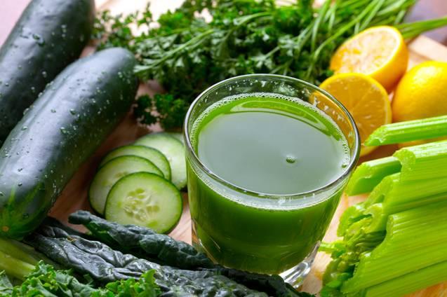 Зеленый сок по утрам