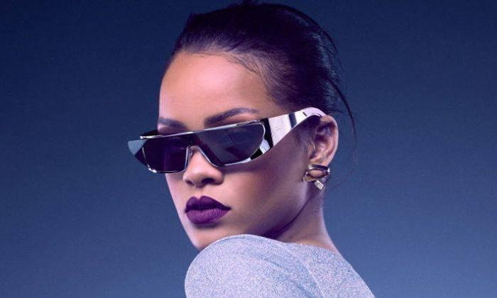 Модные очки - футуристический дизайн