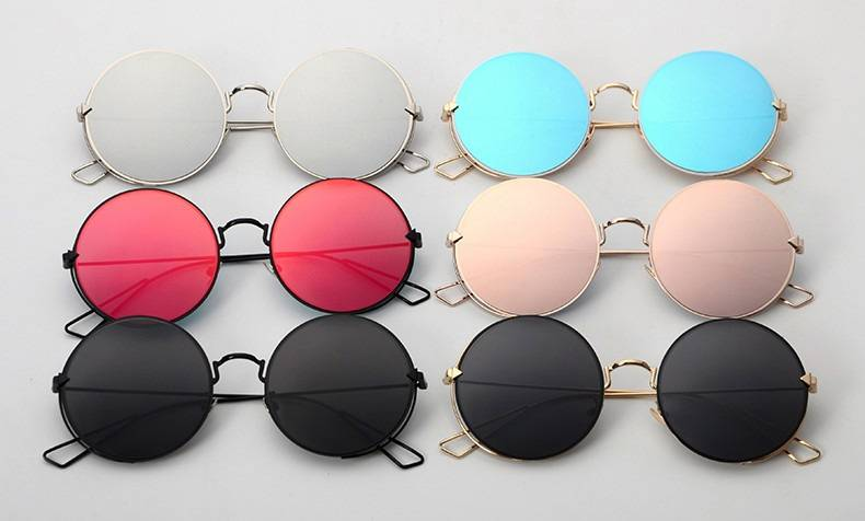 Солнцезащитные очки круглая форма