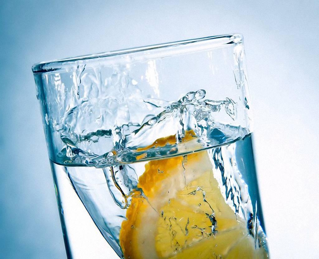 Вода - напиток молодости