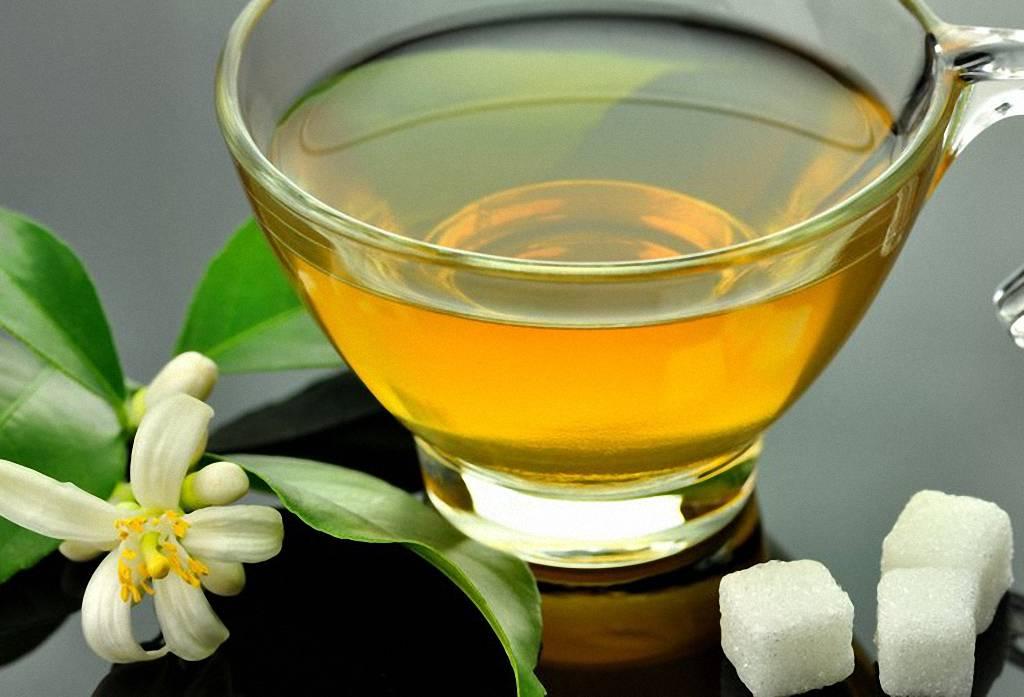 Зеленый чай - напиток молодости