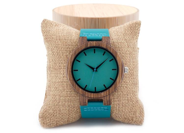 Деревянные часы