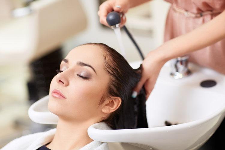 Салонные процедуры - кератирование волос