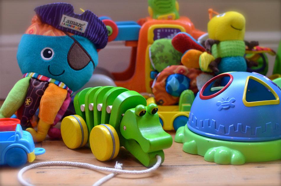 Первые детские игрушки - Советы по выбору
