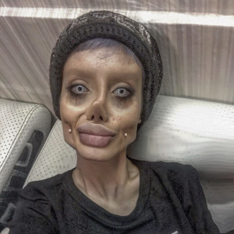 Похожа на Анджелину Джоли