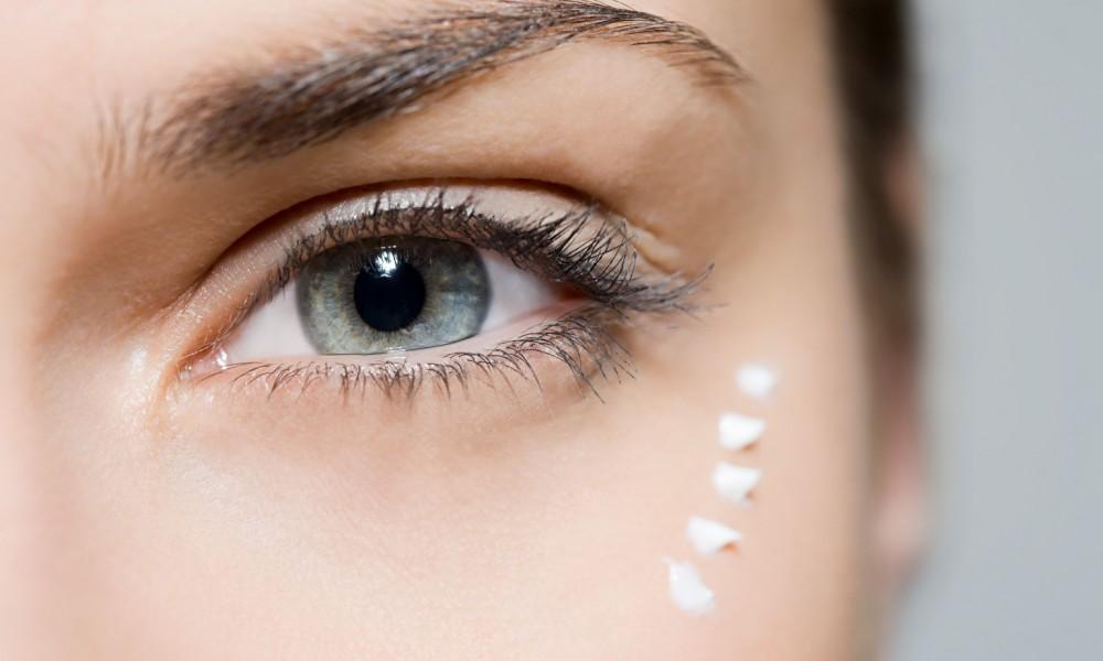 Крем для кожи вокруг глаз - как выбрать