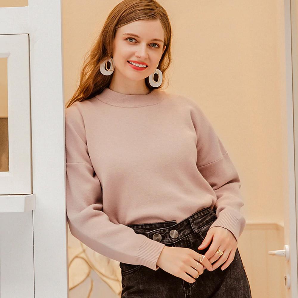 Свитер пуловер однотонный