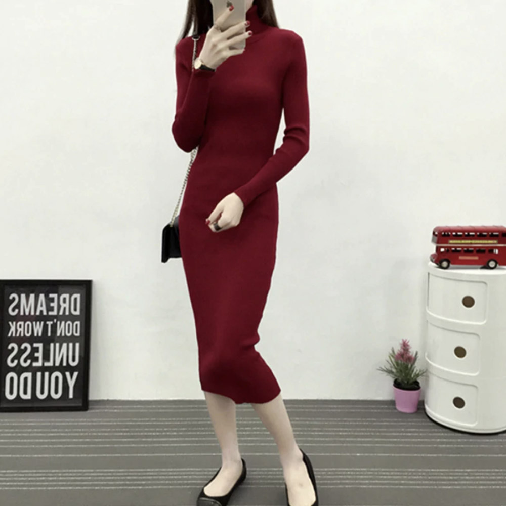 Платье с воротником длинное красное